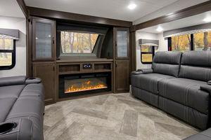 5th Wheel Trailer Raised Living Room